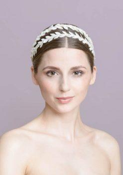 Traumhaftes Haarband für die schlichte Brautfrisur