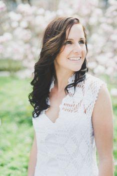 wunderschöne gehäkelte Brautkleider